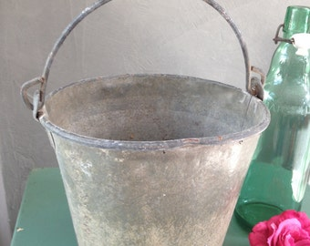 Small bucket zinc