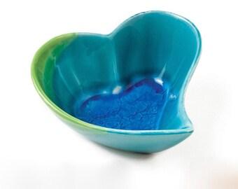 Handmade Ceramic Heart shaped Bowl Medium, Handmade bowl, Serving Bowl, Table ceramic bowl, Stoneware bowl, Pottery bowl