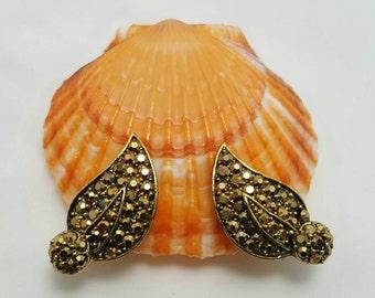 HOLLYCRAFT Earrings