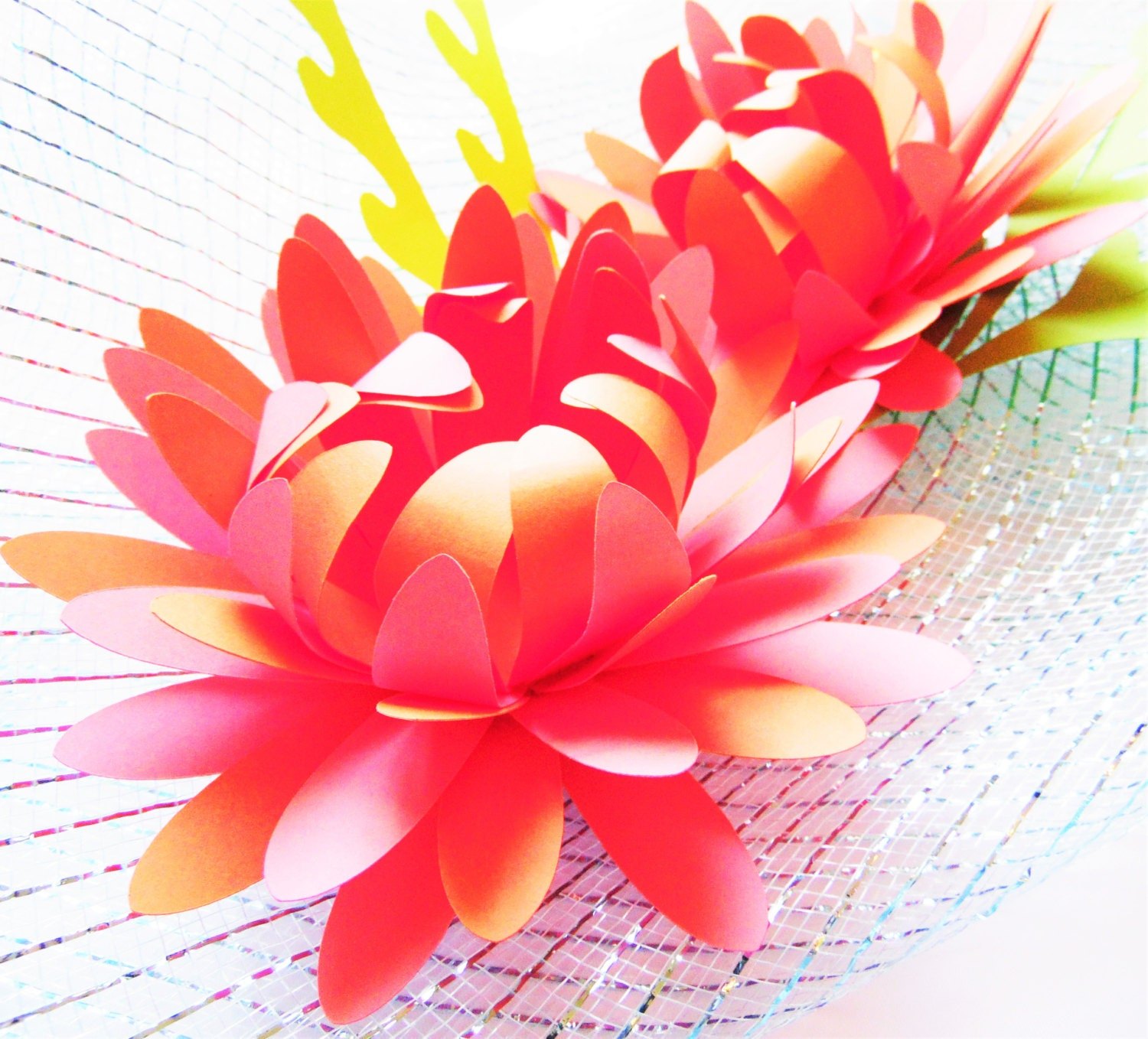 Diy easy paper flowers diy paper flower templates svg for Easy paper cutting flowers