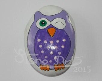 hand painted owl pepple