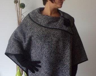 Cape poncho tweed.