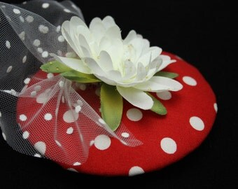 Fascinator PolkaDots red white with Lily and tulle with points