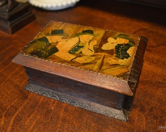 1952 - Commemorative trinket box from France