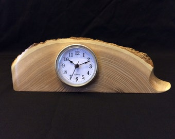 H16001 mantel clock