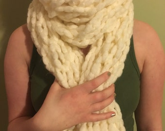 Knitted Scarf in Cream