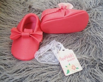 Coral Baby girl mocassin/ Baby girl shoes/ Baby Mocassins