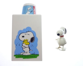 Vintage 1965 SNOOPY Peanuts Dixie Cup Dispenser Holder Woodstock and Wind Up Snoopy