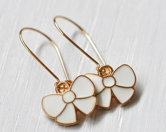 Gold plated kidney bows earrings