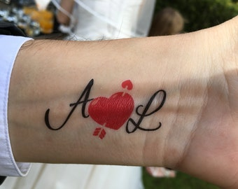 1 tattoo custom engagement: Initials & heart (gift of prompt, Tattoo, wedding, engagement, marriage...)