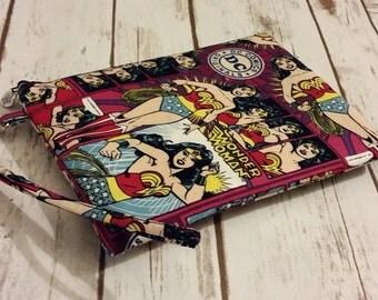 Zipper Pouch, Wonder Woman Bag, Zipper Bag, Wristlet, Character Bag, Character Wristlet, Character Pouch