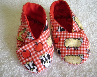 Farmyard Cross Over Kimono Booties