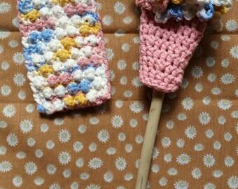 Bottle brush, crochet bottle brush