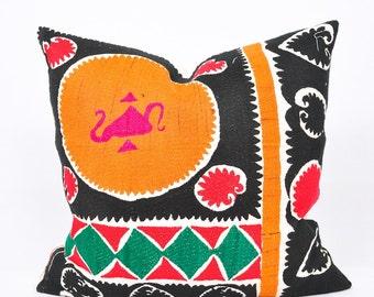 Decorative Embroidery Suzani Pillow Cover-Throw Suzani Pillow -Suzani Pillows-Suzani Cushion-Designer Suzani Pillow-Vintage Suzani pillow