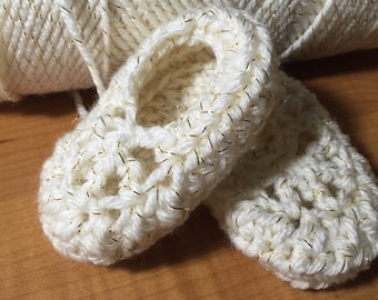 Crochet baby girl shoes, soft crochet baby shoes