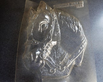 Solid Horse Head Plaque Vintage Plastic Candy Mold Facing Left