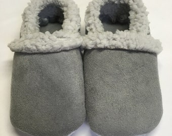 WARM, fur shoes, Warm baby shoes, baby uggs, baby ugg boots, baby winter shoes, toddler winter shoes, cozy baby slippers, warm winter shoes