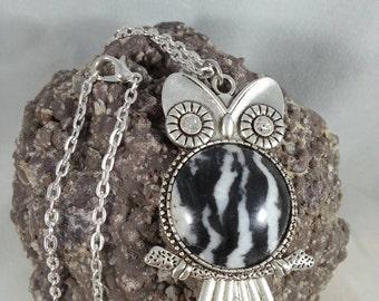 Hand polished owl zebra stone cabochon pendant 25mm