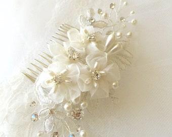 Silk Flower Hair Comb ,  white silk organza flower, white  hair flower, silk flower hair comb,  wedding hair accessories