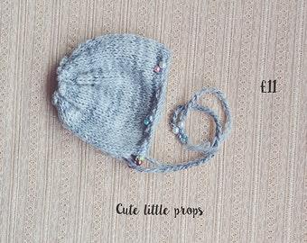 Newborn  Pearl Bonnet. Newborn photo prop