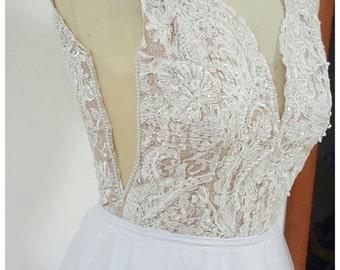 White wedding dress,wedding dress open back,tulle wedding dress,v neck wedding dress,lace wedding dress,wedding gown,ivory wedding dress