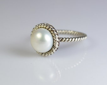 Pearl Ring ~ Pearl ~ 925 Sterling Silver Ring ~ Handmade Ring  ~ Silver Ring ~ Fresh Water Pearl Ring ~ Solid Silver Ring Size 4 to 13 US