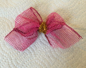 Pink love bow