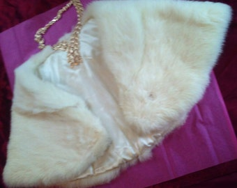 Gorgeous Women's Vintage  Ivory Rabbit (capelet/shawl/shoulder shrug) from Sears Fashion with original tag/box..
