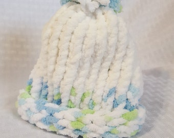 Cozy Knit Newborn Hat, White with green and blue