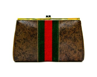 Gucci Petite Clutch with Trademark Green-Red-Green Web Stripe