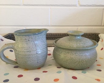 Australian pottery Maggie Malone Creamer and Lidded  Sugar Bowl