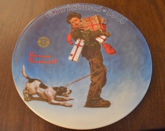 """Norman Rockwell's """"Wrapped Up In Christmas"""" Collectible Plate 1981"""