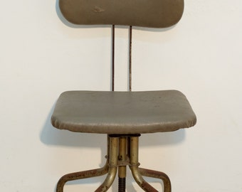 Industrial chair in iron