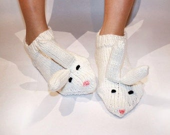 Knitting rabbits shoes for your legs/ Knitting rabbits socks for your legs