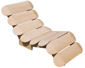 Skateboard recliner