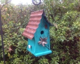 Primitive Rustic Whimsical Chickadee Birdhouse