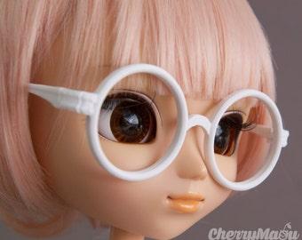 "Glasses for ""round"" Pullip doll"