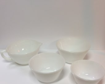 White Fireking Batter Bowl with 3 Mixing Bowl Set