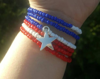 American Red White and Blue Bracelet Patriotic Memory Wire Wrap Bracelet American Beaded Bracelet, Patriotic Jewelry