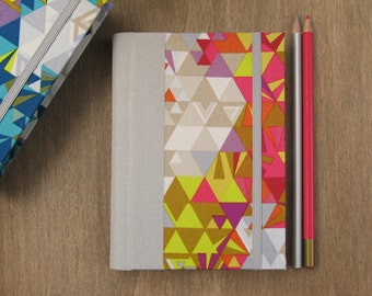 2016 - 2017 Planner in Grey, Pink and Yellow Geometric Pattern - Weekly Agenda - A6 size / small size - Made to order