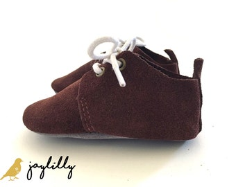SALE!!! Maroon Baby Oxfords, Boy Moccasins, Baby Boy Shoes, Baby Girl Oxfords, Baby Oxfords, Baby Moccasins, Baby Shower Gift, First Shoes