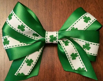 "Green Shamrock St. Paddy 5"" Bow"