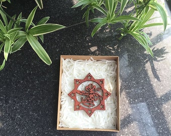 Custom, Personalized Gift, Holiday Gift Box - Christmas Five-pointed star Ornament - Laser engraving - Timber Green Woods