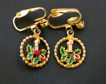 """Vintage Christmas Earrings Candle Mistletoe Dangle Drop Gold Tone 1"""""""