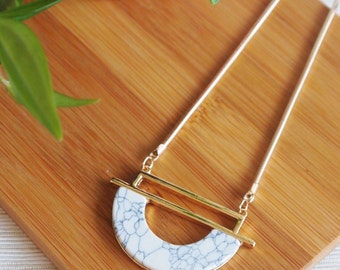 Necklace marble moon women gold plated