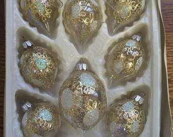 VINTAGE 8PC GORGEOUS CLEAR with glitter and mica european craftsmen ornaments