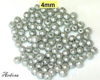 100 Acrylic beads 4mm grey (K642. 52)