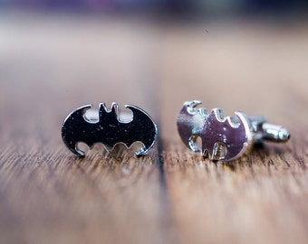 Cufflinks (cufflinks) super hero Batman