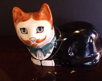 Vintage Porcelain Cat Figurine, hand painted by Alan Smith, (# 985/61)