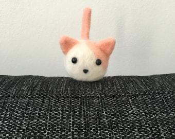 Needle felted pink kitten